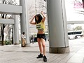 笑顔で踊る姿が可愛すぎると話題のストリートダンサー美鈴AVデビュー