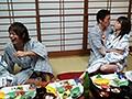 慰安バスツアーNTR 妻の社員旅行ビデオにウツ勃起 吉沢明歩