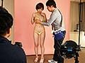 裸よりも恥ずかしい新作の極小水着モデルをさせられて 奥田咲3