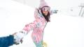 ゲレンデナンパ 02 吹雪の中で見つけたスノボ美女2人組!