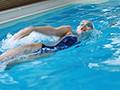 競泳歴17年!華々しい受賞歴を持つ21歳の肉体美 長身美人 競泳アスリートAVデビュー 寺川彩音