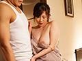 居候先の兄貴の奥さんがボクの理性を狂わせる...。ノーブラ誘惑1週間生活。 菅野真穂