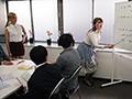 催淫洗脳された白人講師は嫌がりながらも淫乱ビッチになっていた。 西田カリナ ジューン・ラブジョイ