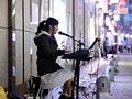 福岡の女性シンガーAVデビュー 路上演奏中にデビューしませんか?と声をかけたらその日に中出しまで出来ちゃった!! なお